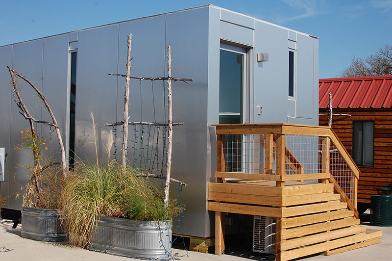 Austin Tx Tiny Home Vacation Rentals | Community Inn